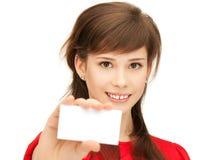 Adolescente con la tarjeta de visita Imagen de archivo