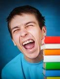Adolescente con libros Fotos de archivo