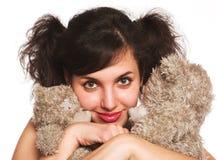 Adolescente con los osos de peluche Fotografía de archivo