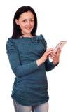 Adolescente con PC de la tablilla Imágenes de archivo libres de regalías