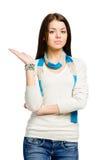 Adolescente con su palma para arriba Imagen de archivo libre de regalías
