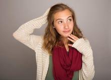 Adolescente con una expresión curiosa Fotografía de archivo libre de regalías