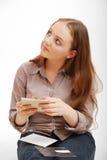 Adolescente con una postal. Foto de archivo