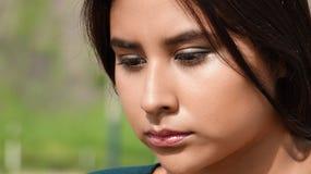 Adolescente confuso de la muchacha Imagen de archivo libre de regalías