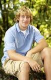 Adolescente considerável foto de stock royalty free