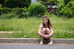 Adolescente contra verde Foto de archivo
