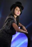 Adolescente cubierto con sombrero superior hermoso Fotos de archivo libres de regalías
