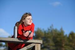 Adolescente de reclinación Foto de archivo libre de regalías
