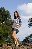 Adolescente de regard arrogante de brunette Image libre de droits