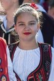Adolescente de Rumania en traje tradicional Foto de archivo libre de regalías