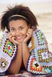 Adolescente del retrato en la playa Imagen de archivo