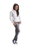 Adolescente dell'afroamericano in jeans e hoodie Immagini Stock Libere da Diritti