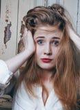 Adolescente depressioned problema con el pelo ensuciado y Fotos de archivo libres de regalías