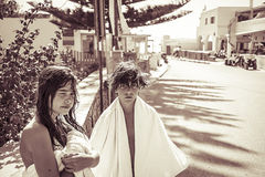 Adolescente dos después del baño Imágenes de archivo libres de regalías