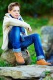Adolescente elegante, colorido fora Fotos de Stock Royalty Free
