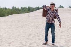 Adolescente elegante en la playa Fotografía de archivo