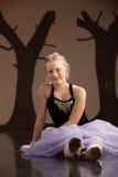 Adolescente en alineada del ballet Fotografía de archivo libre de regalías