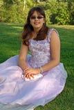 Adolescente en alineada del partido o del baile de fin de curso Fotos de archivo libres de regalías