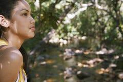 Adolescente en bosque Imagenes de archivo