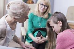 Adolescente en clínica de salud mental Fotografía de archivo