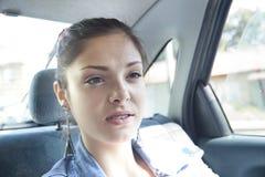 Adolescente en coche Imagen de archivo