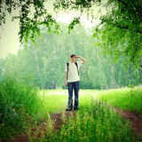 Adolescente en el bosque Fotos de archivo libres de regalías