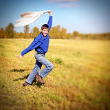 Adolescente en el campo Fotografía de archivo libre de regalías