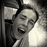 Adolescente en el coche Fotografía de archivo