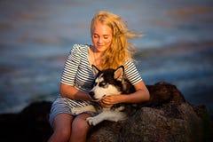 Adolescente en el mar Imágenes de archivo libres de regalías