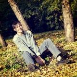 Adolescente en el parque Fotografía de archivo