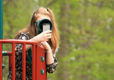 Adolescente en el parque -5 Foto de archivo libre de regalías