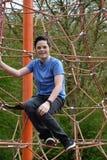 Adolescente en el patio Fotografía de archivo libre de regalías