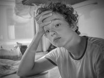 Adolescente en el tren Foto de archivo