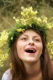 Adolescente en guirnalda Imagen de archivo libre de regalías