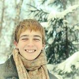 Adolescente en invierno Imagen de archivo