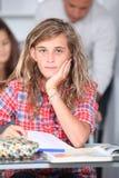 Adolescente en la escuela Fotos de archivo libres de regalías