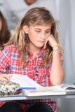 Adolescente en la escuela Foto de archivo