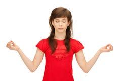 Adolescente en la meditación Fotos de archivo libres de regalías