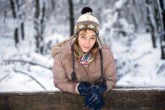 Adolescente en la nieve Imagen de archivo libre de regalías