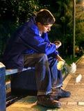 Adolescente en la noche Fotografía de archivo