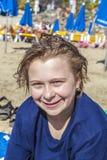 Adolescente en la playa Imagen de archivo