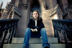 Adolescente en pasos de progresión góticos Imagen de archivo libre de regalías