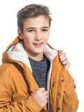 Adolescente en ropa del invierno Fotografía de archivo