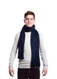 Adolescente en suéter y bufanda Tiro del estudio, aislado Fotografía de archivo libre de regalías