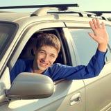 Adolescente en un coche Fotografía de archivo