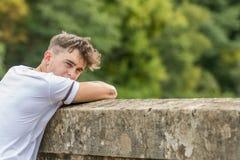 Adolescente en un día del ` s del verano Imagen de archivo libre de regalías