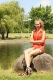 Adolescente en un parque Imagen de archivo
