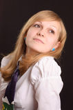 Adolescente en una camisa blanca Imagen de archivo libre de regalías