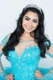 Adolescente en vestido del baile de fin de curso Fotos de archivo