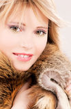 Adolescente encantador en piel Foto de archivo